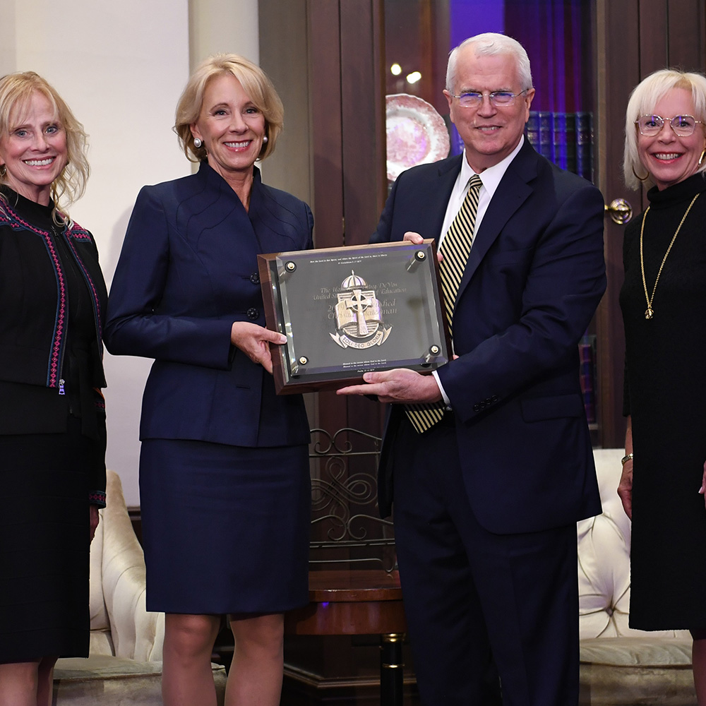 Betsy DeVos receiving the D. Jams Kennedy Center for Christian Statesmanship Award